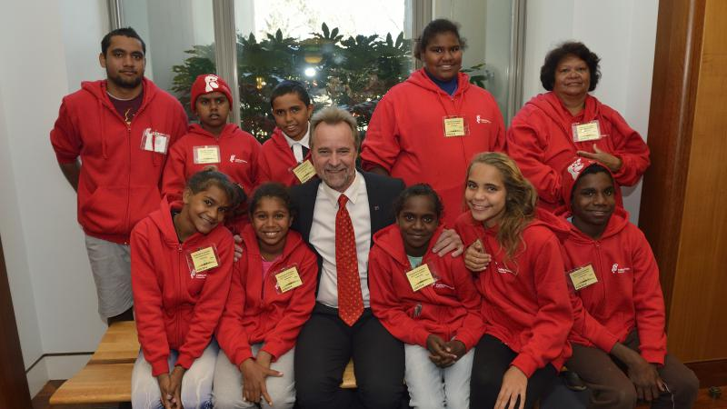 Year 6 and 7 students from Palm Island met with the Minister for Indigenous Affairs, Nigel Scullion, on their recent trip to Canberra as part of the Cathy Freeman Foundation's (CFF) Horizons Program.
