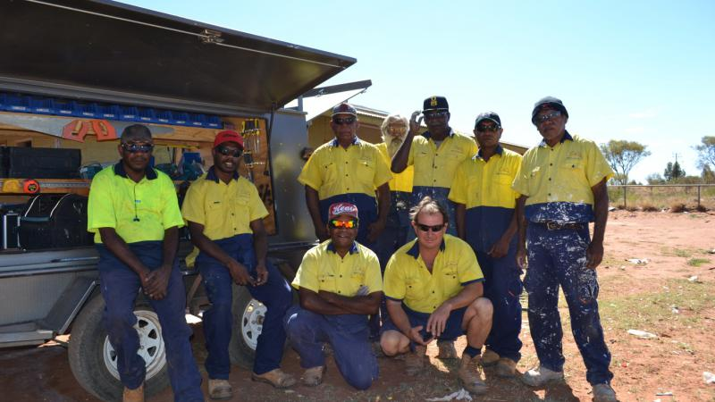 New Future Alliance workers on-site at a house refurbishment in Hermannsburg, NT.